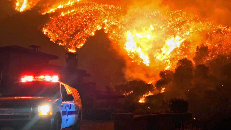 Image Credits Creator:Mike Eliason Copyright:Santa Barbara County Fire Department
